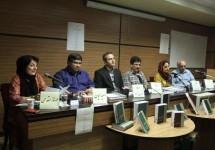 """نخستین جلسه """"نقد کتاب"""" در انتشارات فنی ایران برگزار شد."""