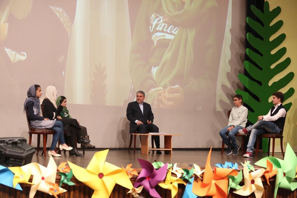 آیین اختتامیه سومین دوره جایزه سپیدار برگزار شد.